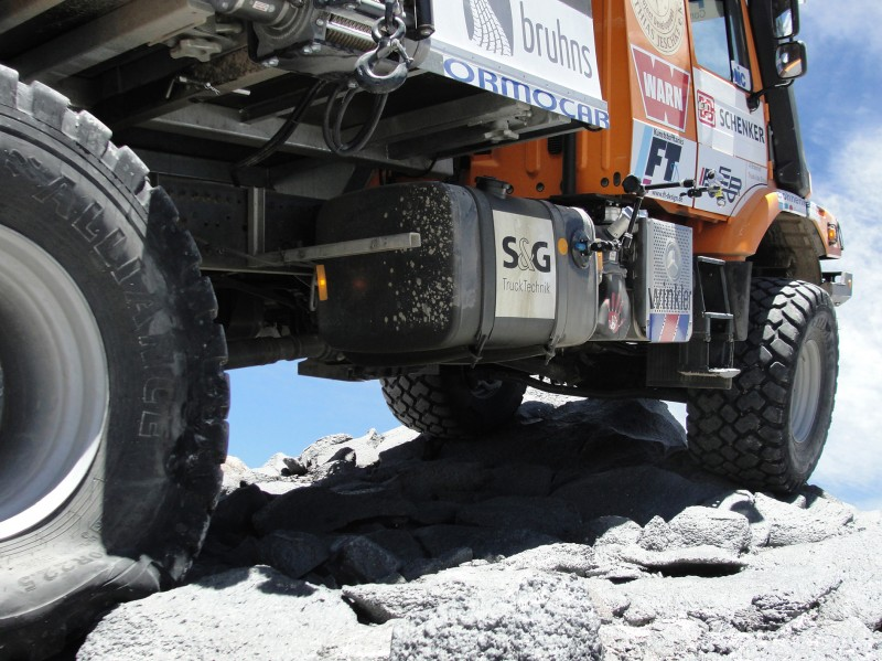 Alliance Tires Carry Truck to Record Heights